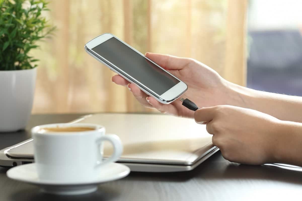 Charging Port Repair | Mobile Phone, Tablets & Screen